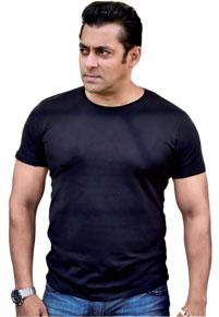 Salman Khan blasts his fans on Twitter