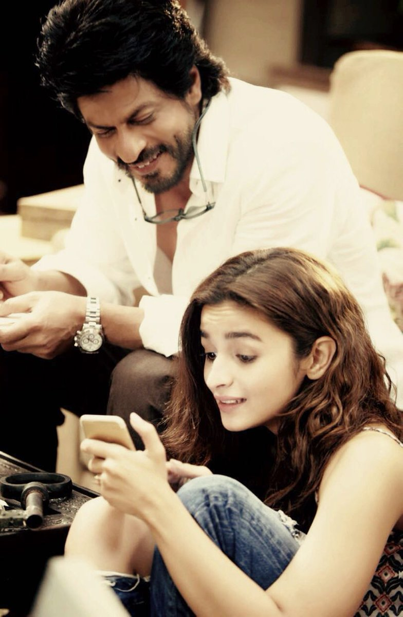 First Look of Dear Zindagi starring Shah Rukh Khan, Alia Bhatt